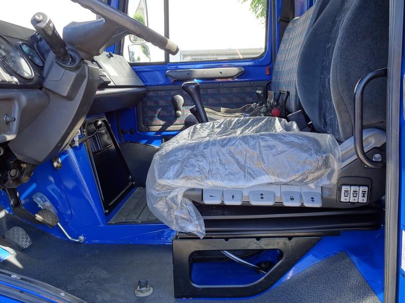 Trailers And Hitches >> Air suspension seat – Schüssler Unimog